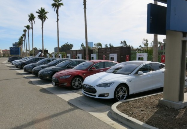 tesla-model-s-electric-car-road-trip-upstate-new-york-to-southern-california-photo-david-noland_100500011_m
