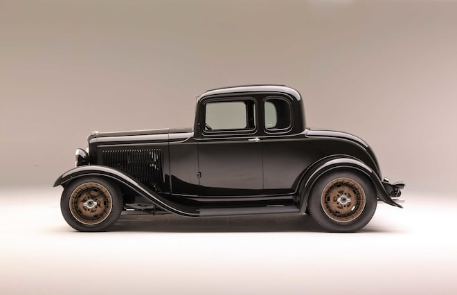 01-1932-ford-five-window-coupe-foose
