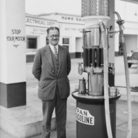 "Gas Station Series: Shell ""Green Streak"" – A Unique Fuel Pump and Oil Dispenser — The Old Motor"