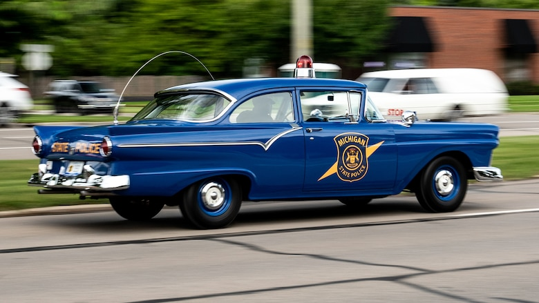 1957-ford-custom-300-police-interceptor-2018-woodward-dream-cruise