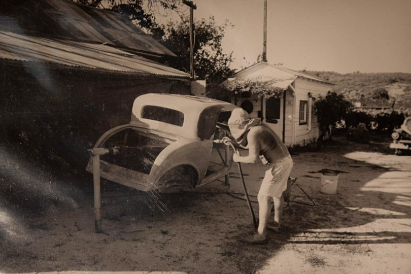 006-aves-1932-ford-coupe-vintage-stripping-paint