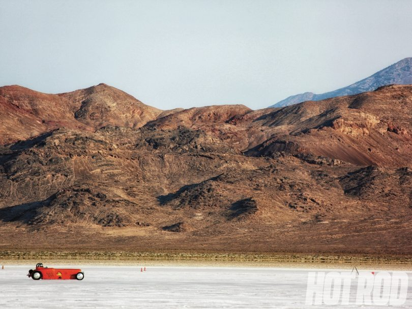 hrdp-1301-01-salt-101-bonneville-racing-guide-salt-flats1