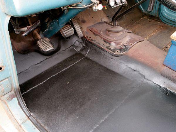 131_0806_02_z2bdiy_jeep_sheetmetal_repair2bfloorboard_after