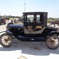 Dad's Trunk: How road-tripping a Model T taught him to carry plenty of everything - Jim Van Orden @Hemmings
