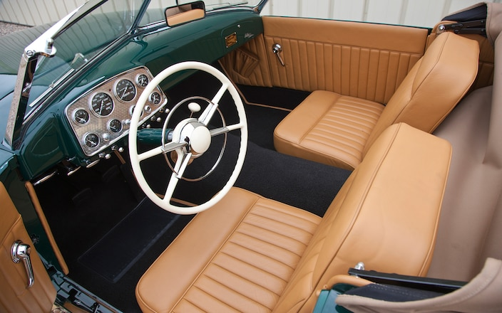 1949-kurtis-sport-car-cockpit