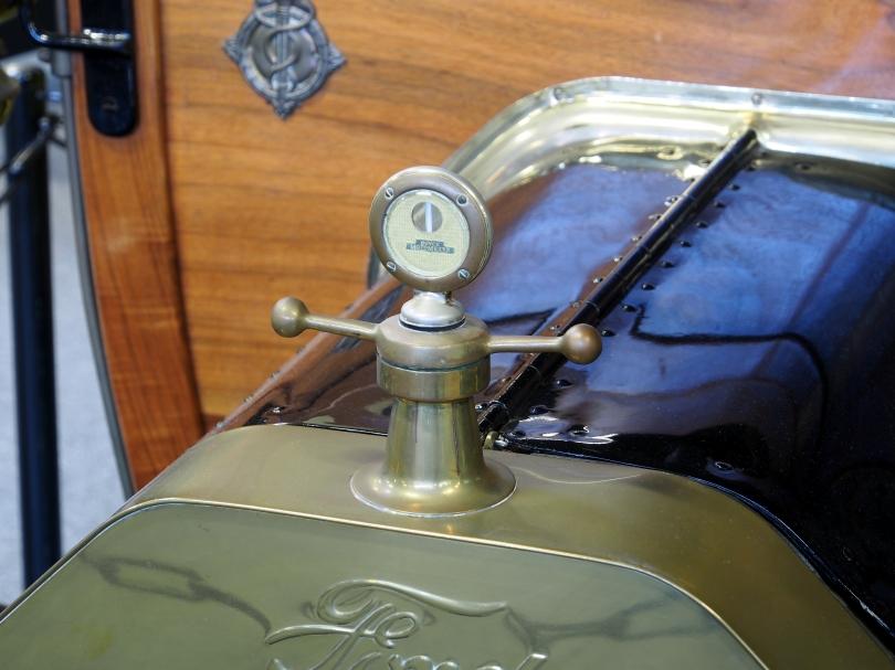 1908_ford_t_landaulette_pic6_boyce_motometer