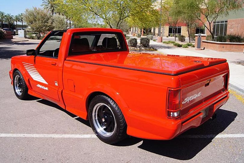 this-marlboro-gmc-syclone-is-one-super-rare-super-truck
